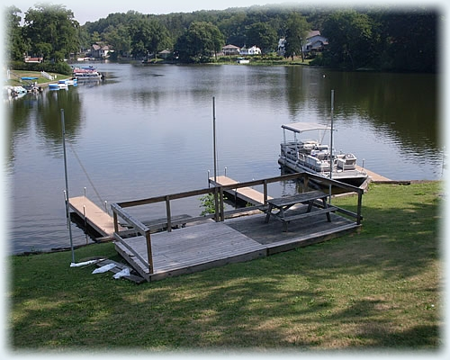 On the Water? Dock at the Deck!